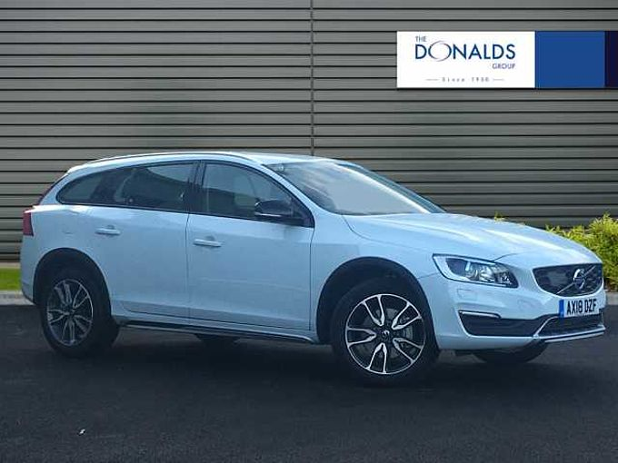 Volvo V60 CC D4 Cross Country Lux Nav Automatic Winter Pack inc  Heated Front Windscreen
