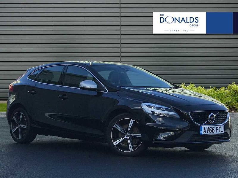 Volvo V40 T2 R-Design,  Heated Front Seats,  Sensus Nav,  Heated Front Windscreen,