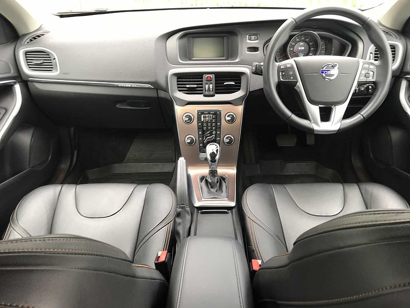 Volvo V40 CC D2 Cross Country Lux Automatic