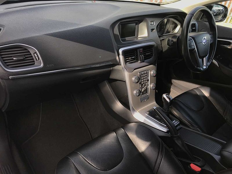 Volvo V40 CC D2 Cross Country Lux Manual